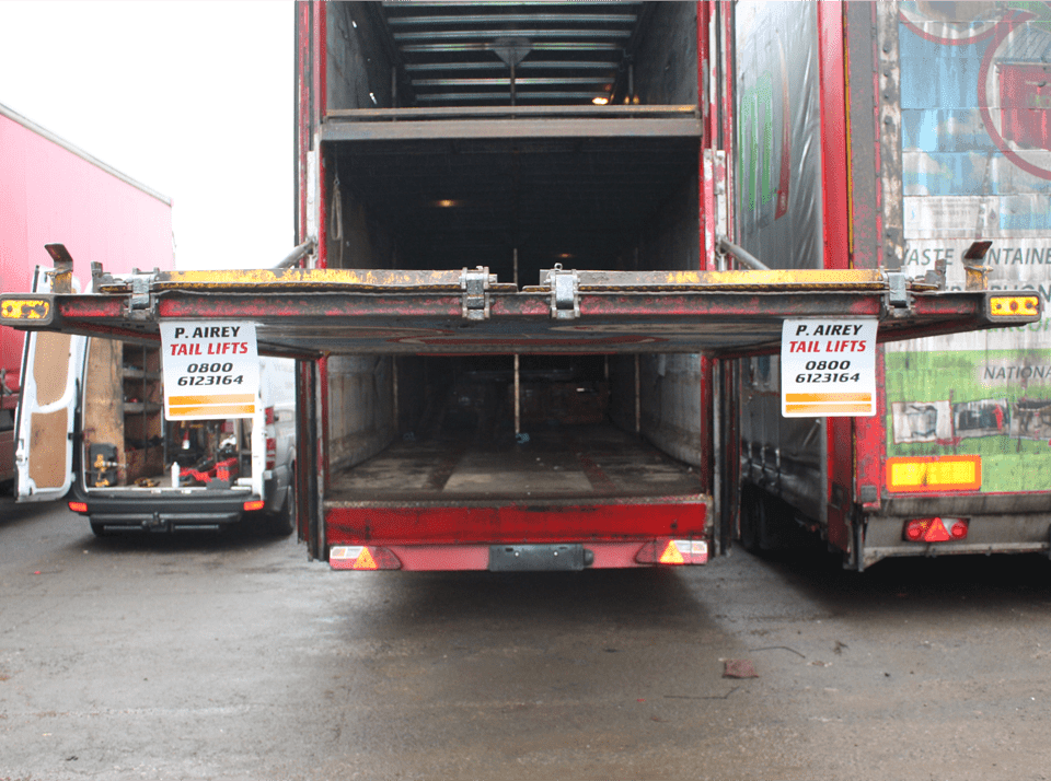 Commercial Truck Tail Lifts